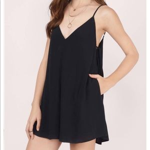 Black tie side romper with pockets